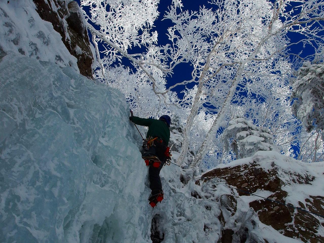 4月3日4日 八ヶ岳 南沢大滝と大同心大滝 アイスクライミング講習会