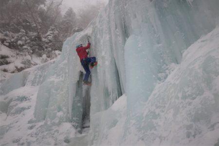 新春日帰りマンツーマン アイスクライミング講習会第2弾@夏沢鉱泉アイスギャラリー