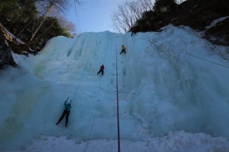 今日も平日日帰りマンツーマン アイスクライミング講習会@八ヶ岳南沢大滝