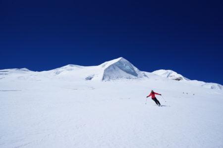 ヒマラヤン・スキー・エクスペディション プタ・ヒウンチュリ登山隊2019 7246m
