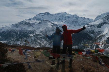 マナンの裏山4000m峰登頂!