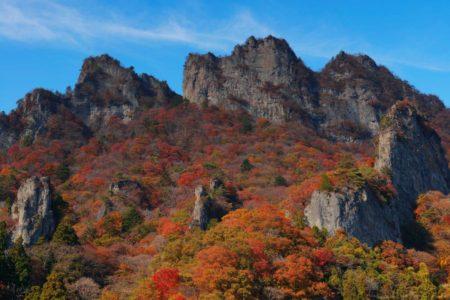 10月31日11月1日 妙義山 岩登り 木戸壁右カンテルートと丁須の頭 筆頭岩(ローソク岩)と白雲山2日間